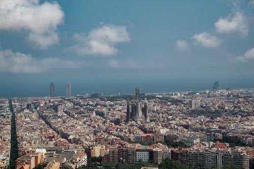 sagrada familia, 全景, 城市景觀, 巴賽隆納 的 免费素材照片