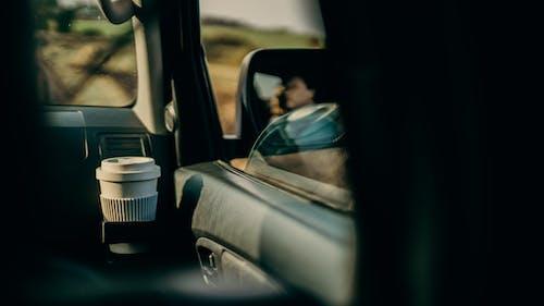 Kostnadsfri bild av bil, förare, fordon, fordonsfönster