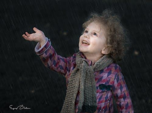 キッズ, 子, 雨の無料の写真素材