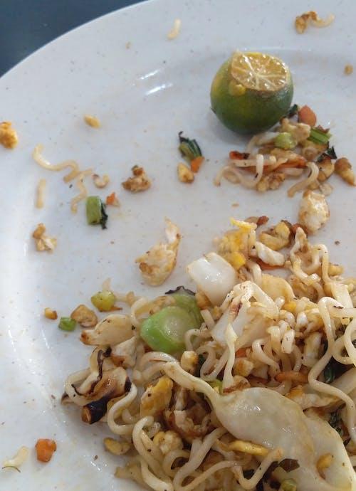 Foto d'estoc gratuïta de menjar incomplet