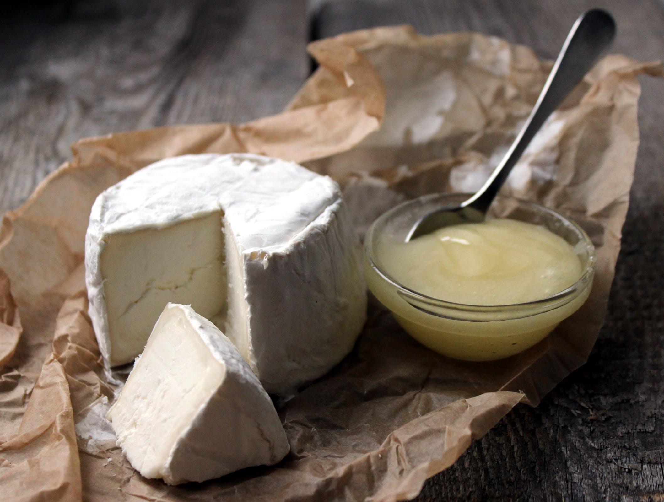 Kostenloses Stock Foto zu brot, butter, essen, genuss
