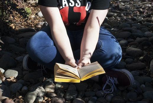 Free stock photo of nature, hands, girl, rocks