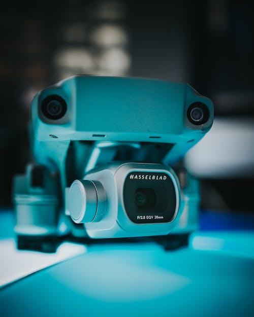 Бесплатное стоковое фото с в помещении, видеокамера, инструмент, камера