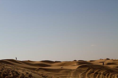 Foto profissional grátis de alvorecer, ao ar livre, areia, arenoso