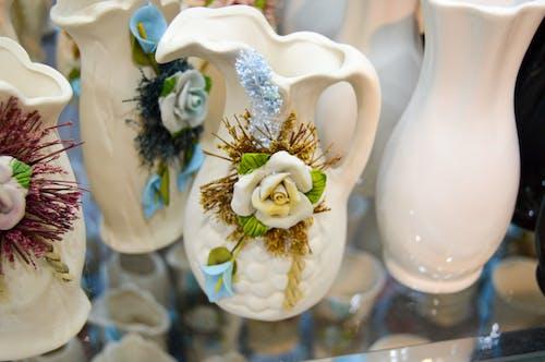 Free stock photo of flower vase, vase, white flower