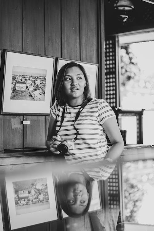 亞洲女人, 亞洲女孩, 反射, 女人 的 免費圖庫相片