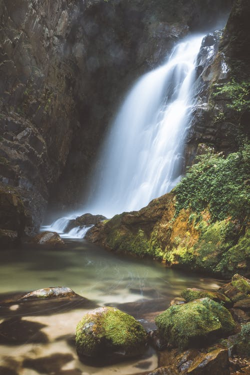คลังภาพถ่ายฟรี ของ กระแสน้ำ, กลางวัน, กลางแจ้ง, ก้อนหิน
