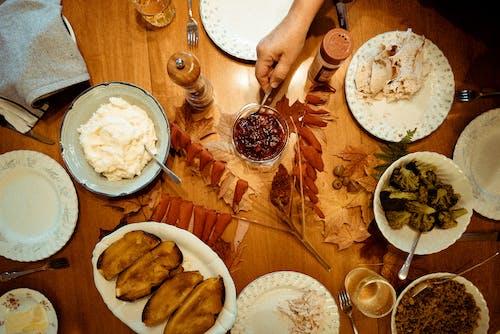 Foto profissional grátis de alimento, almoço, bacia, bebida