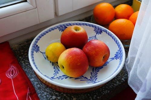 Foto profissional grátis de declínio, laranjas, maçãs, polonês maçãs
