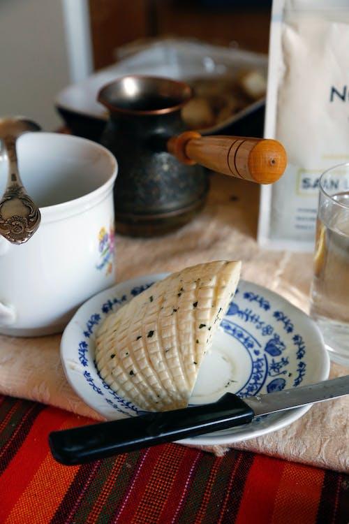 Photos gratuites de café turc, fromage de chèvre, petit-déjeuner, table