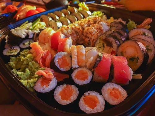 Photos gratuites de crabe, crevette, futomaki, nourriture japonaise