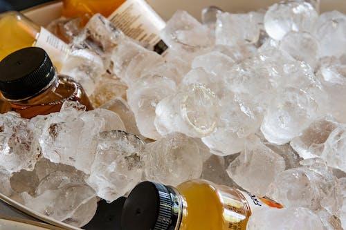 Fotos de stock gratuitas de bebida fresca, cubitos de hielo, fiesta, fondo