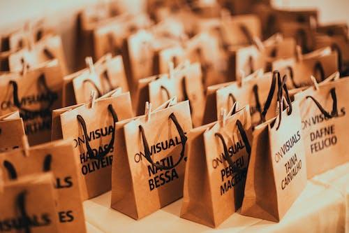 Fotobanka sbezplatnými fotkami na tému papierové tašky, tašky