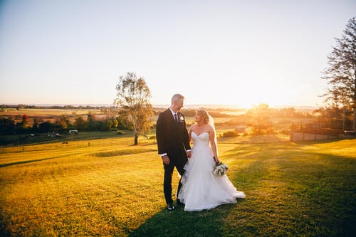 Newlywed Photo During Sunset