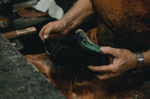 手, 鞋, 鞋類 的 免费素材照片