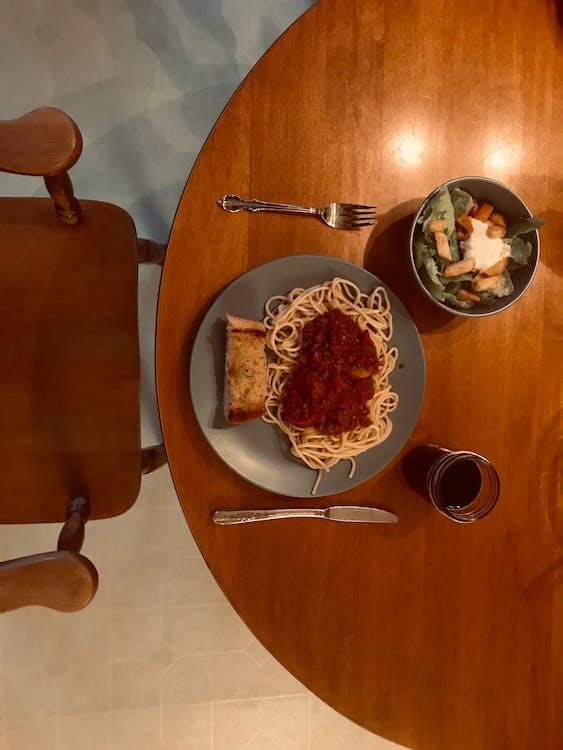 bàn, bộ đồ ăn, bữa ăn
