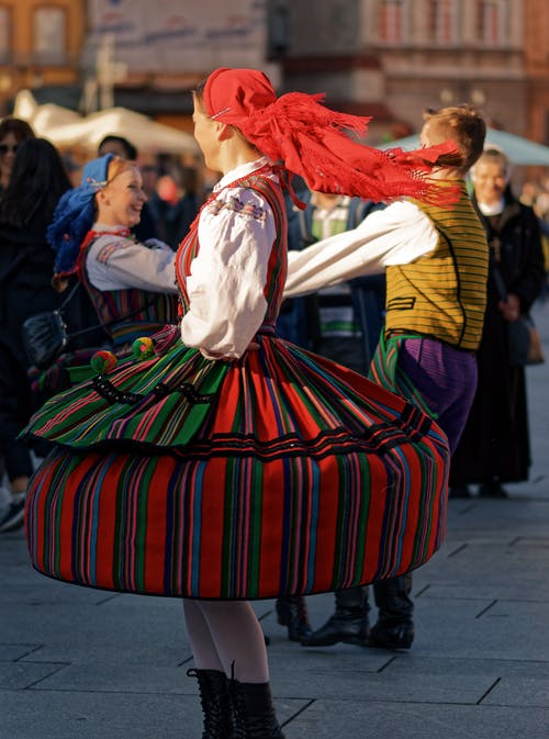 Foto profissional grátis de adestrado, cores, dança, famoso