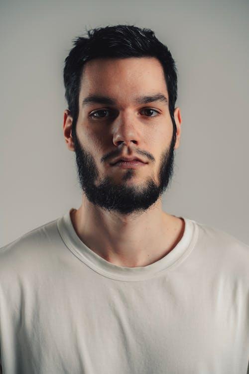 Бесплатное стоковое фото с Борода, Взрослый, выражение лица, мода