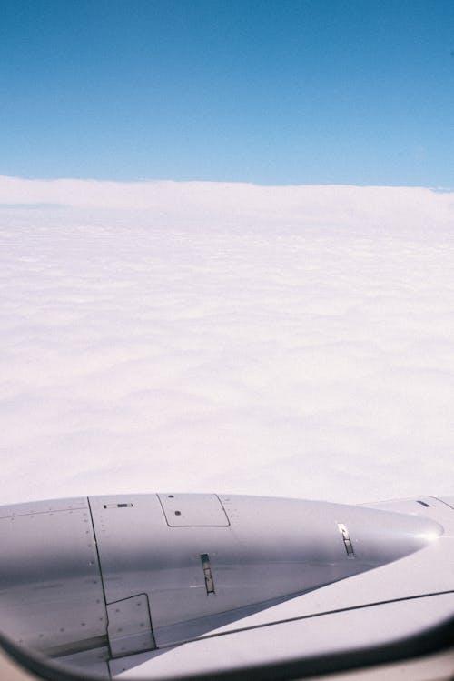 Безкоштовне стокове фото на тему «вид, Денне світло, крило, крило літака»