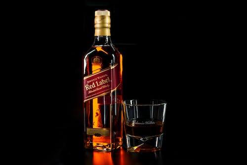 Imagine de stoc gratuită din alcool, băutură, băuturi alcoolice, eticheta rosie