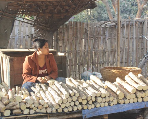 Foto d'estoc gratuïta de venent thanakha a myanmar