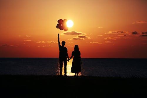 Безкоштовне стокове фото на тему «весілля, жінка, Захід сонця, любов»