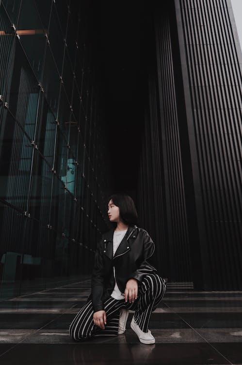 clădire, femeie, îmbracă