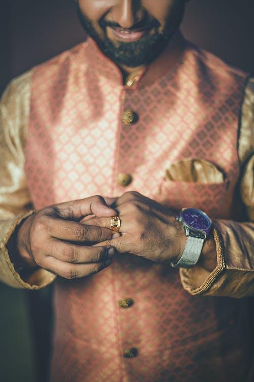 Δωρεάν στοκ φωτογραφιών με άνδρας, αρσενικός, δαχτυλίδι, δέρμα