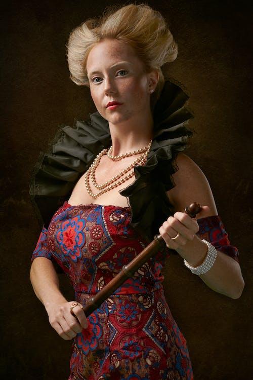 Бесплатное стоковое фото с гламур, женщина, живопись, королева
