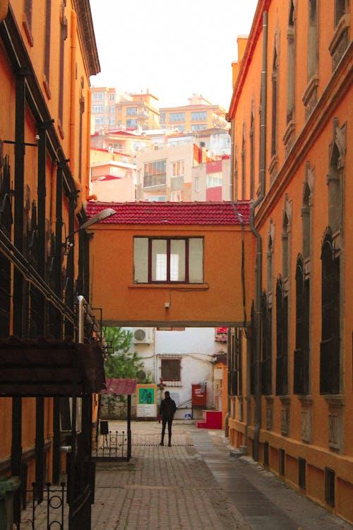 Darmowe zdjęcie z galerii z architektura, centrum miasta, detal architektoniczny, figury geometryczne