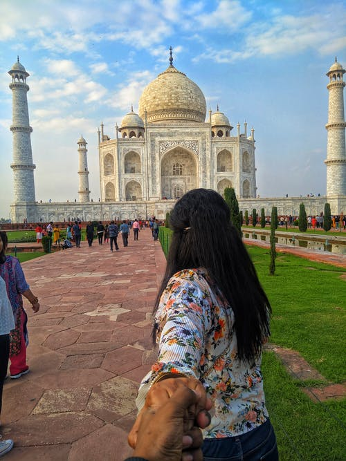 Free stock photo of Agra, girl, holding hands, india