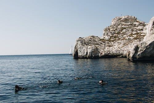 Fotobanka sbezplatnými fotkami na tému ľudia, more, oceán, plávanie