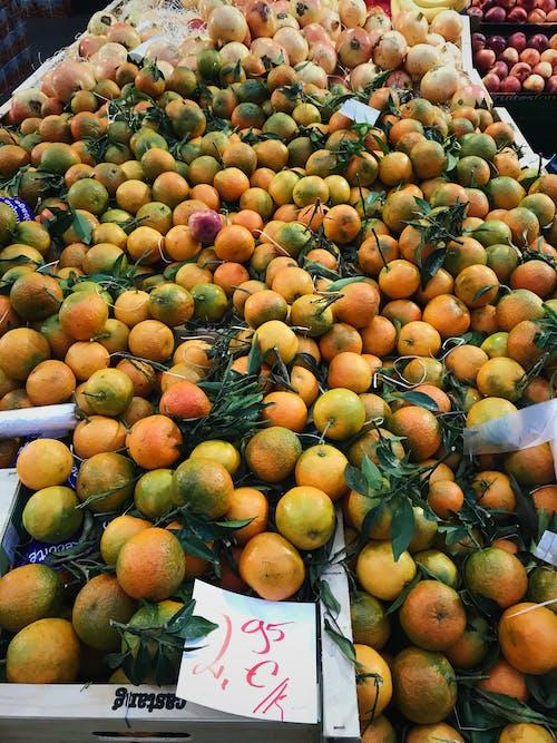Δωρεάν στοκ φωτογραφιών με αγορά, περίπτερο, πορτοκάλια, τρόφιμα