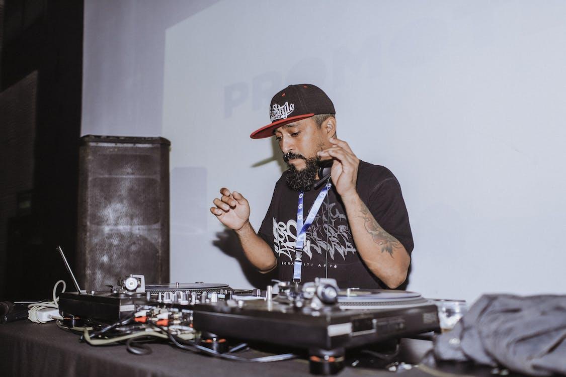 DJ, DJミキサー, オーディオミキサー
