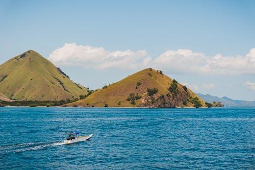 ada, macera, mavi deniz, seyahat içeren Ücretsiz stok fotoğraf