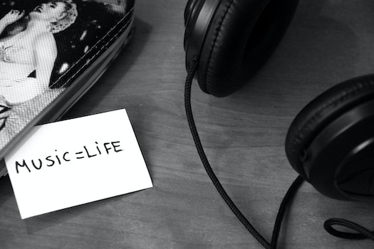 Free stock photo of black-and-white, music, headphones, life