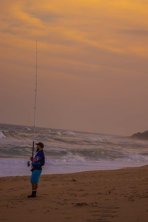 Immagine gratuita di acqua, alba, canna da pesca, cieli rosa