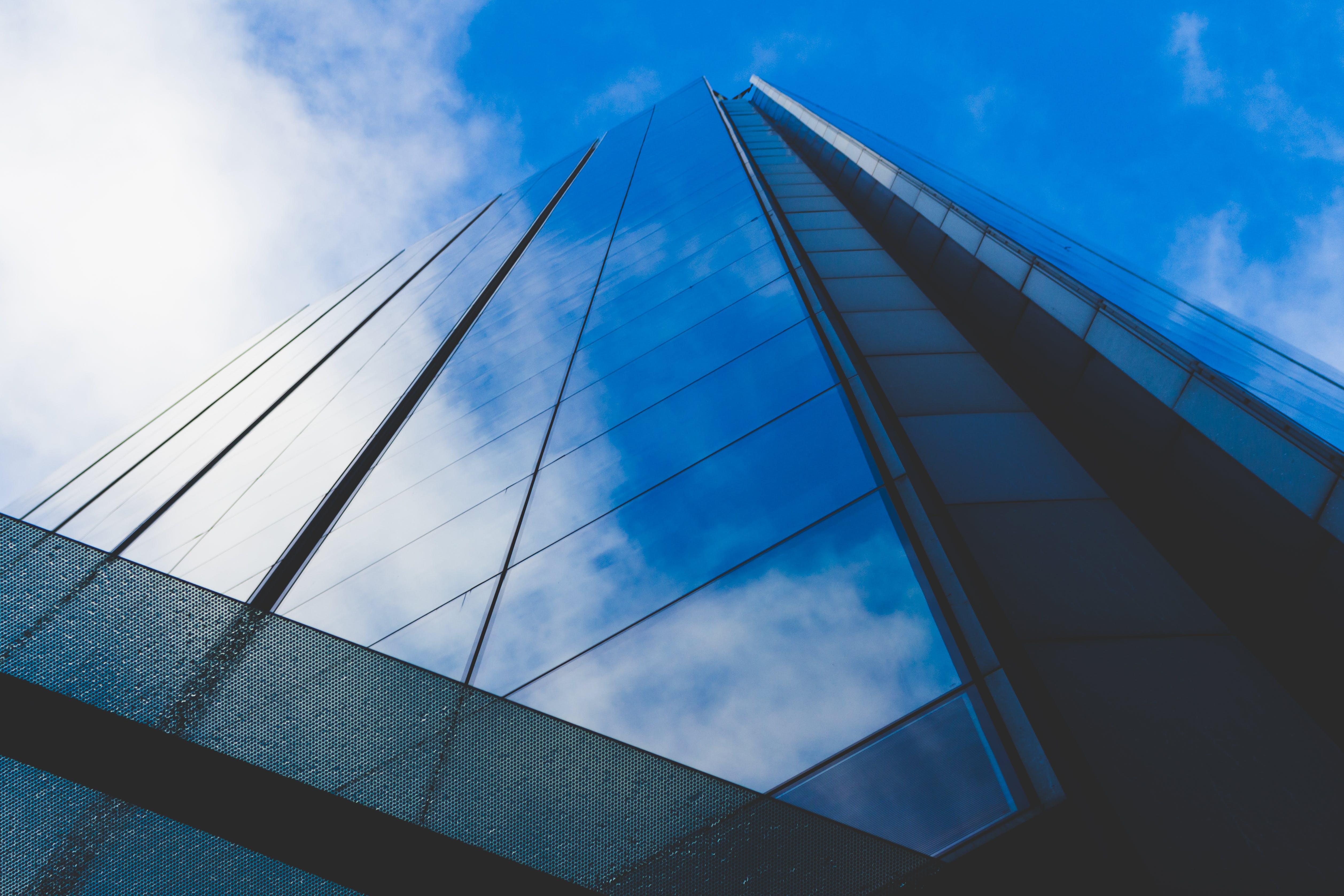 คลังภาพถ่ายฟรี ของ กระจก, การก่อสร้าง, การสะท้อน, การเงิน