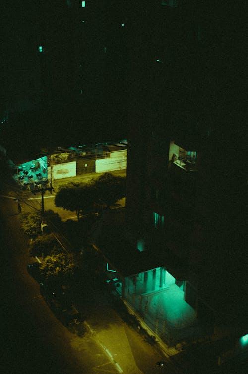 Darmowe zdjęcie z galerii z kinowy, noc miasta