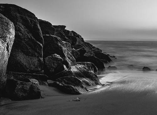 Imagine de stoc gratuită din alb-negru, apă, călătorie, face cu mâna