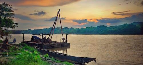 Immagine gratuita di atmosfera serale, bellezza nella natura, cielo di sera, fiume