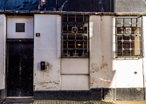 Foto profissional grátis de bar, construção, exterior do edifício, pub