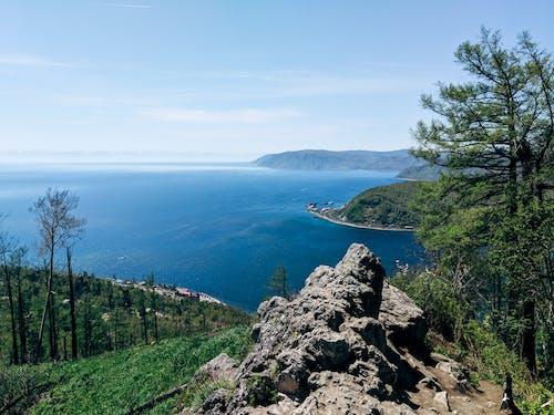 Δωρεάν στοκ φωτογραφιών με baikal, rock, βουνό, λίμνη