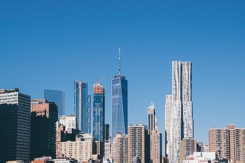 binalar, Kent, kentsel, Mavi gökyüzü içeren Ücretsiz stok fotoğraf