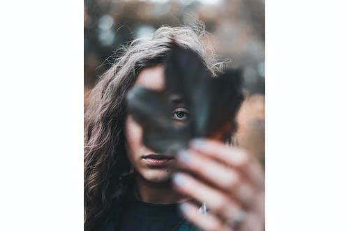 Person holding Black Leaf