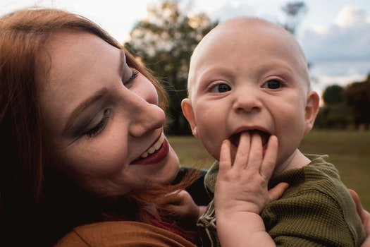 Free stock photo of hand, sweet, baby, mother