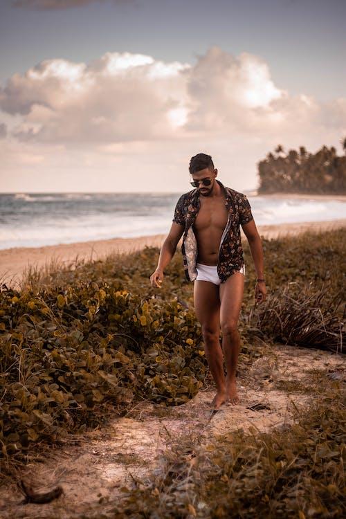 mens short swim trunks