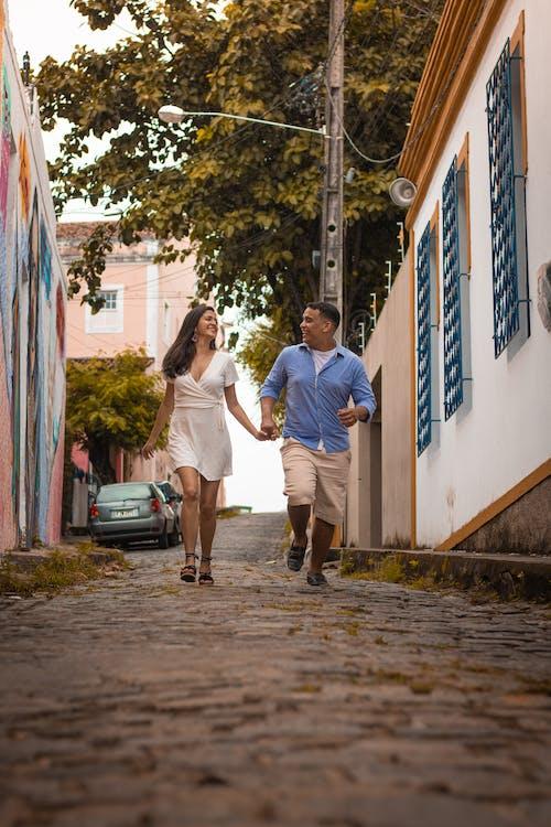 거리, 남자, 단란함, 달리는의 무료 스톡 사진