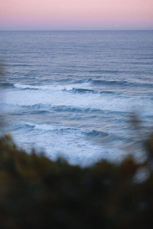 Ocean Waves Scenery