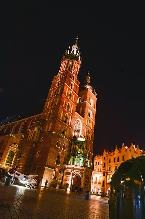 교회, 구시가지, 반사, 밤의 무료 스톡 사진